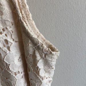 Velvet Torch Dresses - Cream Lace Sleeved Dress